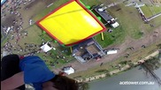 Екстремни скокове-свободно падане каскади трикове гмуркане в една въздушна възглавница от 30м