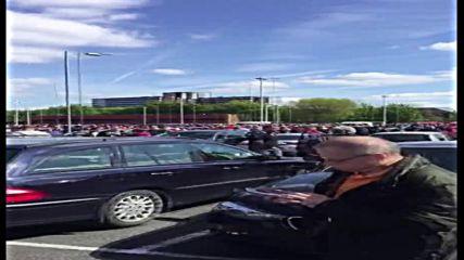 Евакуираха стадиона на