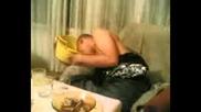 Пиянска Вечер 8 Яко Повръщане