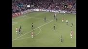 """Два гола на Ернандес класираха """"Манчестър Юн."""" на ¼ - финал в ШЛ, Бербатов остана на пейката"""