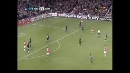 Два гола на Ернандес класираха
