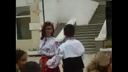 Девойчета На Бяла - Танци