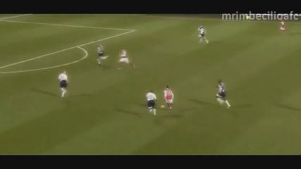 Чамбо - Изгряващата звезда на Арсенал и Англия