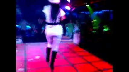 Емануела - Отзад мини Plazza Dance Center