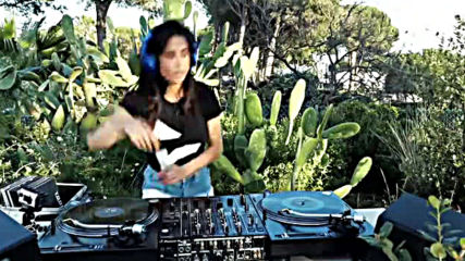 Juicy M - Garden Vinyl Set Live Stream