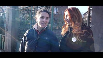 Теди Кацарова Зарадва Анита с Празничен Пакет