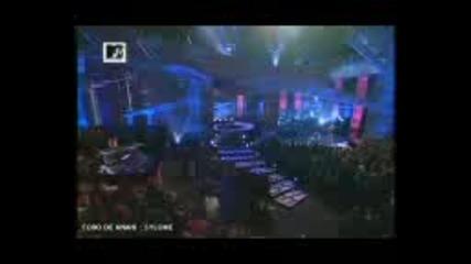 Anahi Y Alfonso En Backstage En Mtv Los Angeles 20~