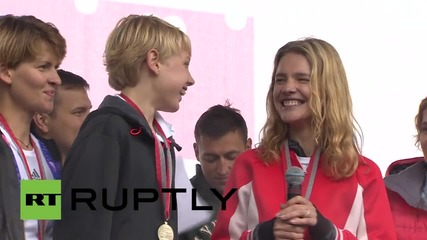 Russia: Supermodel Natalia Vodianova swaps catwalk for race-track in Moscow charity run