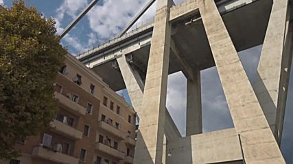 Italy: Hundreds evacuated amid fears about stability of Genoa bridge