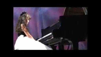 Гениална 12-годипна пианистка - Aimi Kobayashi - Chopin's Scherzo in B minor Op.20