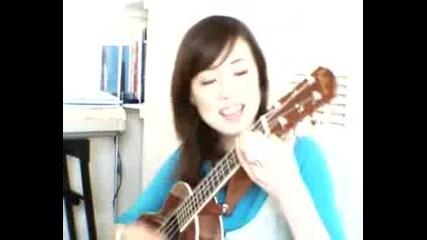 Чуйте Това Момиче Как Пее И Свири