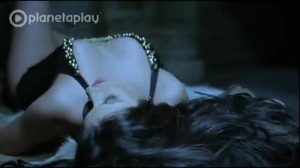 Сиана - Още ме държи ( Официално видео ) 2012