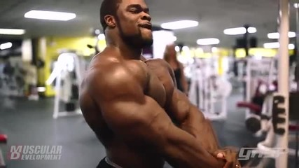 Тренировка за гърди с Brandon Curry