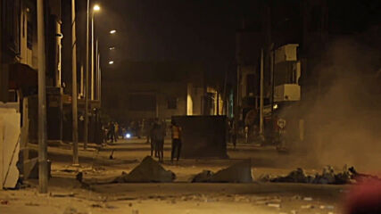 Tunisia: Police use tear gas as protesters rally for 6th night in row near Tunis