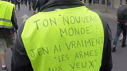 France: 'Macron's little poodle' - Yellow Vests protest against govt and new PM Castex in Paris