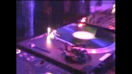 Dj Tiesto - Let the Light Shine in Remix