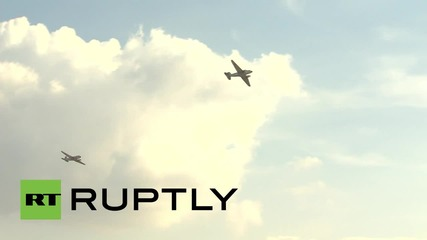 Russia: Classic fighter jets impress the crowds at MAKS-2015