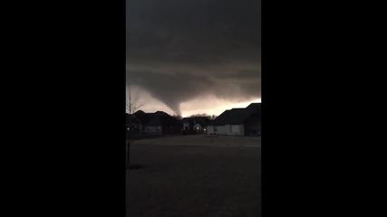 USA: Massive tornado sweeps through Oklahoma