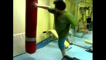 Детска радост боксов чувал.
