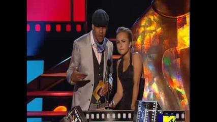 Mtv Movie Awards 2009 Hayden Panettiere present(best Wtf Moment to Amy Poehler)