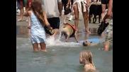 Куче кара сърф Невероятно !!!!