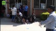 Болниците в Катманду се грижат за наранените от земетресението