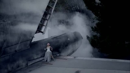 + Превод! Nicki Minaj ft. Rihanna - Fly [ Official Music Video ]
