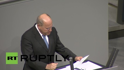 Germany: 'Not one euro has been paid to Greece' - Die Linke's Gysi slams Bundestag