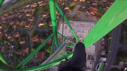 The climb down. | James Kingston: Pov Adventures |