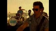 Jonas La - Chillin in the Summertime - Official Music Video ;; Jonas Brothers + Lyrics
