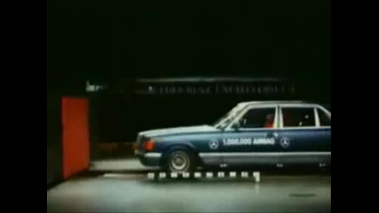 Mercedes Benz W126 Crash Test