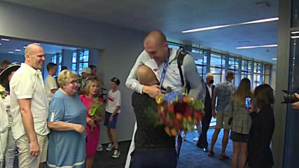 Latvia: Men's national 3x3 basketball team returns home with Olympic gold medals