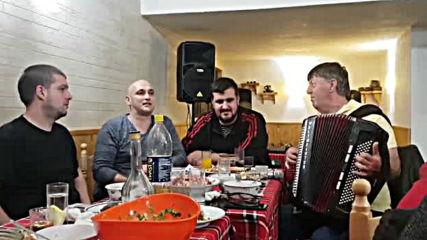 Панайот Стойчев и Станчо Николов на маса
