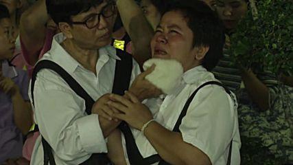 Масова скръб в Тайланд след смъртта на краля