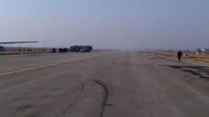 Турски самолет катастрофира при излитане в Непал - 2