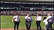 David Bisbal Cantando en Cordoba Argentina en el Dia del nino