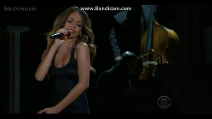 Rihanna ft Mikky Ekko- Stay ( Live at the Grammy Awards 2013)