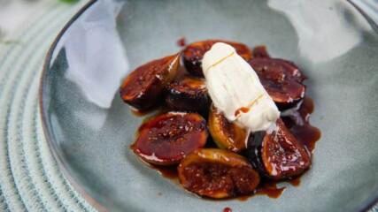 Смокини с тофи карамел и крем Шантили | Джъстин Скофийлд | Гурме за всеки ден | 24Kitchen Bulgaria
