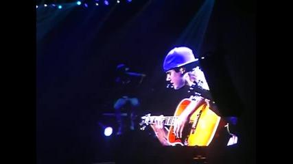 Джъстин пее Never Let You Go в Джакарта,индонезия! 23.02.2011