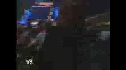 Кеч WWE 2003 Goldberg Спасява Booker T