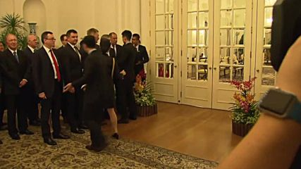 Singapore: ASEAN organisers block overly-keen Russian delegation from entering meeting room