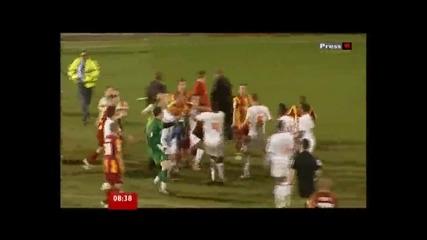 Зверски бой в английски мач