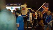 Френски фенове празнуват след победата над Исландия