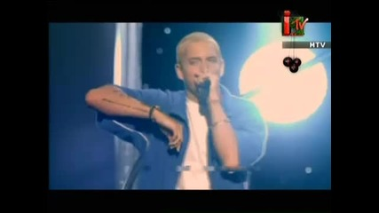 Eminem - Without Me ( Mtv Movie Awards 2002)