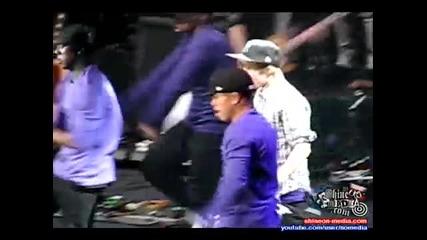 Justin Bieber - Love Me Concert Live