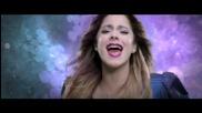 Martina Stoessel singing Libre soy