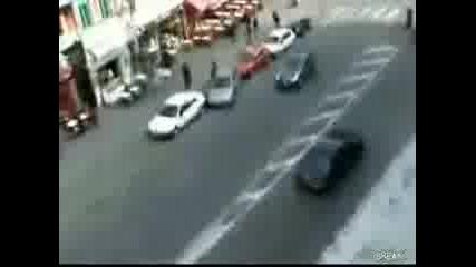 Ето как се прави място за паркиране :d Откачалка е
