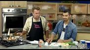 Joe Jonas готви в готварско предаване и казва,че готви вкъщи New Day Cleveland