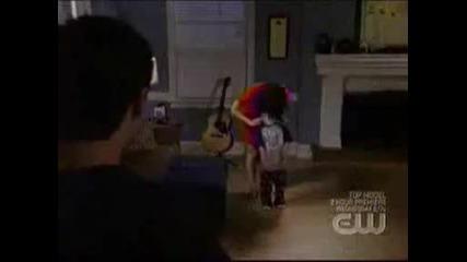 Haley+james Lucas Scott - Dancing!!!