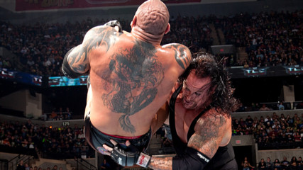 The Undertaker vs. Batista – World Heavyweight Title Chairs Match: WWE TLC 2009 (Full Match)